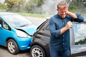Symptoms of Whiplash From a Rear-End Collision